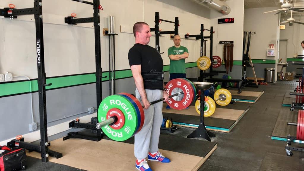 Carl deadlifts 135 kg