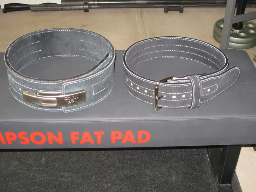 Comparison of 4 and 3-inch lifting belts